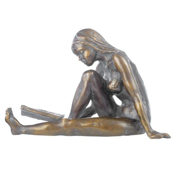 """Birgit Stauch: Skulptur """"Die Lesende"""""""