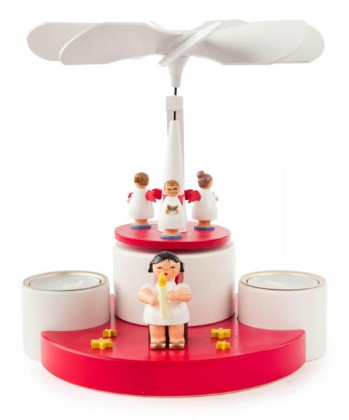 Weihnachtspyramide mit Engeln für Teelichte