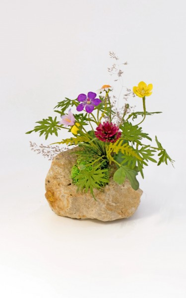 Blumengesteck Heidelbeerturm