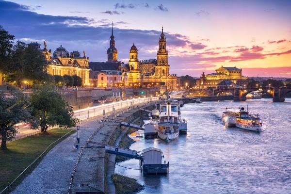 Wandbild Dresden - Terrassenufer am Abend (Motiv 00729)