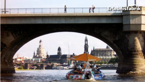 Grillboot Tour Dresden bei Nacht