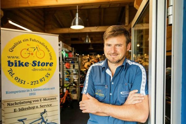 Robert-Resewski-Bike-Store