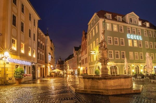 Wandbild Görlitz - Der Georgsbrunnen im Regen (Motiv FL02)
