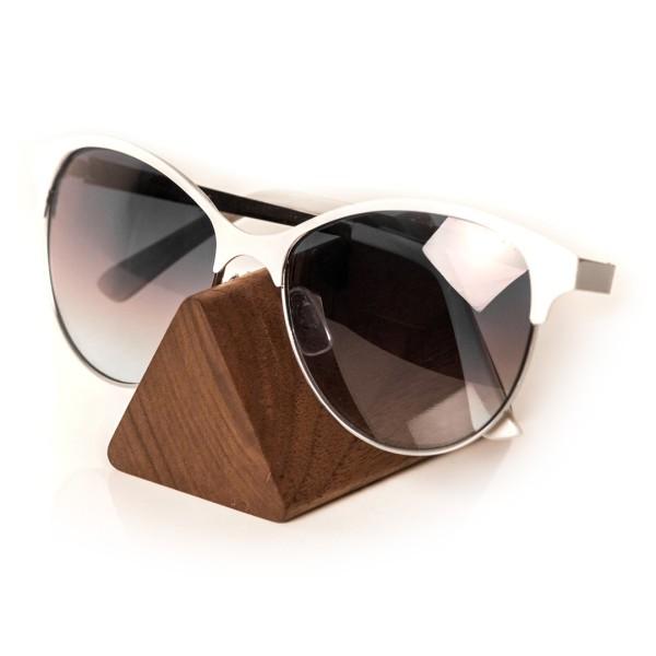 """Brillenhalter aus Holz – """"Brilleneck"""""""